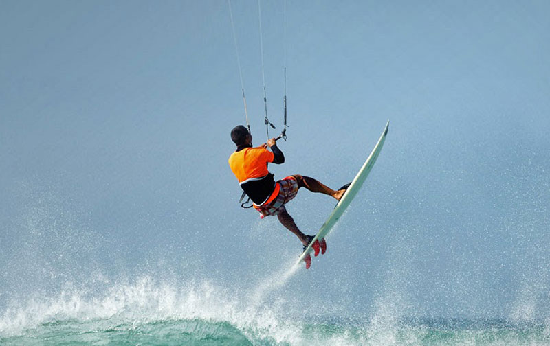 Adventure Sports in Panchgani Kite Surfing
