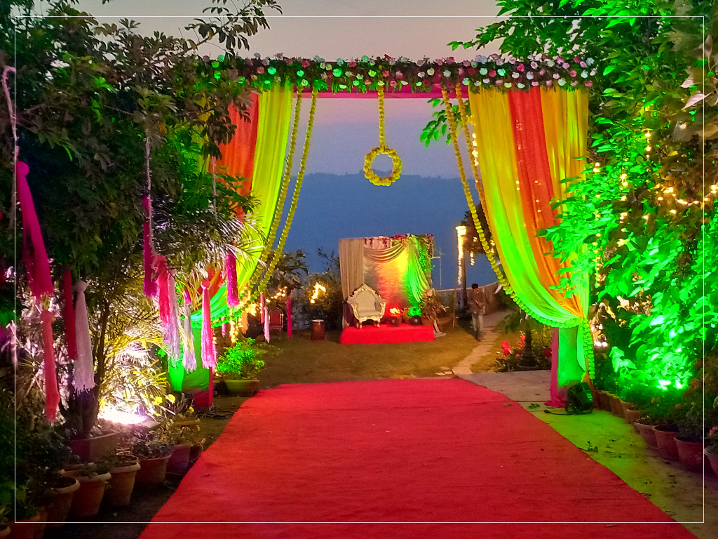 Mandap Decor on Lawn