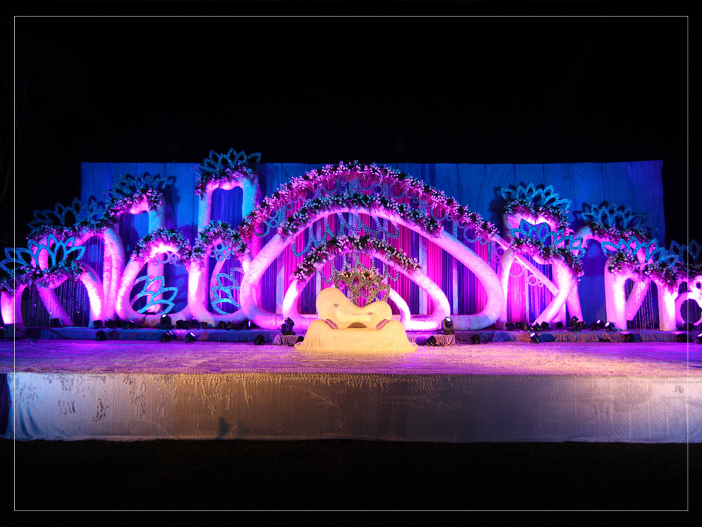 Mandap Decor on Tennis Court